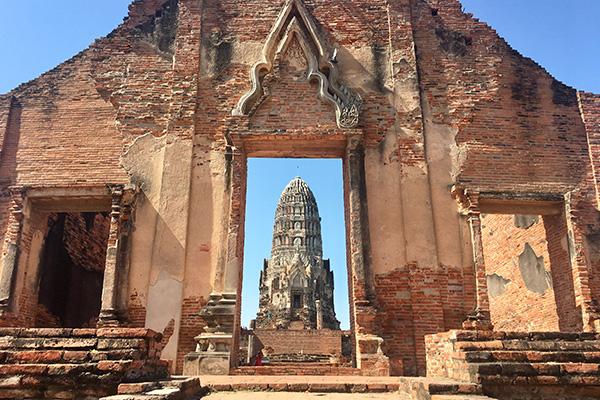 ชวนเที่ยว วัดราชบูรณะ แหล่งรวมเรื่องราวทางประวัติศาสตร์ไทย