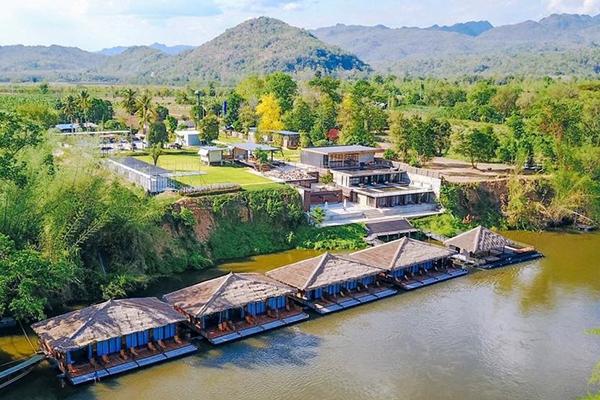 นอนเล่นแช่น้ำ ซึมซับธรรมชาติ ที่พักแพเมืองกาญจนบุรี